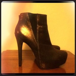 Rock and republic shiny high heel booties